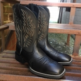 Black square toe cowgirl boots