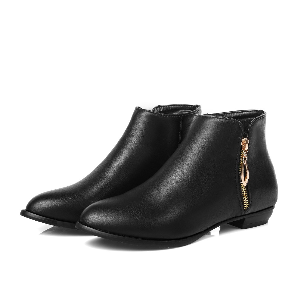 bb2919fbf041 Best Black Ankle Boots with Low Heel for Women