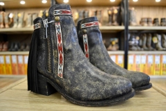 Ladies Distressed Black Boots