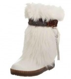 White Winter Boots with Fur