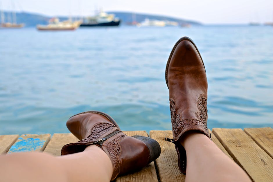 BUy Short Cowgirl Boots Online
