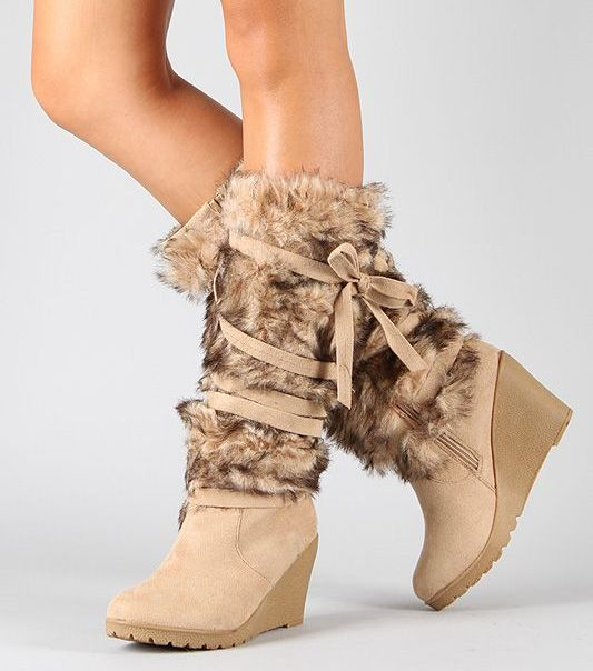 Eskimo Knee High Boots with Fur