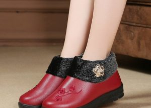 Fleece Lined Womens Slip On Boots