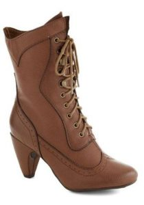 Ladies Vintage Lace Up Boots