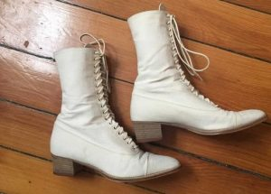 Women's Vintage Lace Up Boots