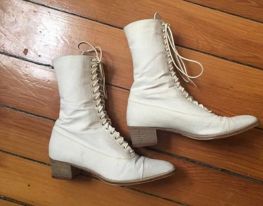 Women's Vintage Lace Up Boots