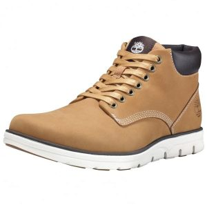 Laced Mens Chukka Boots