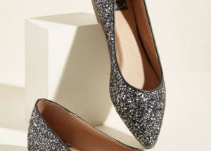 Silver Glittered Pointed Toe Flats