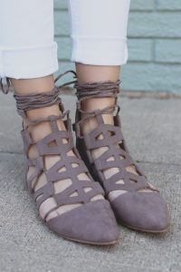 Strappy Pointed Toe Shoes