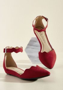 Women's Red Pointed Toe Flats